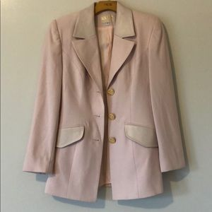 Alberto Makali pink suit